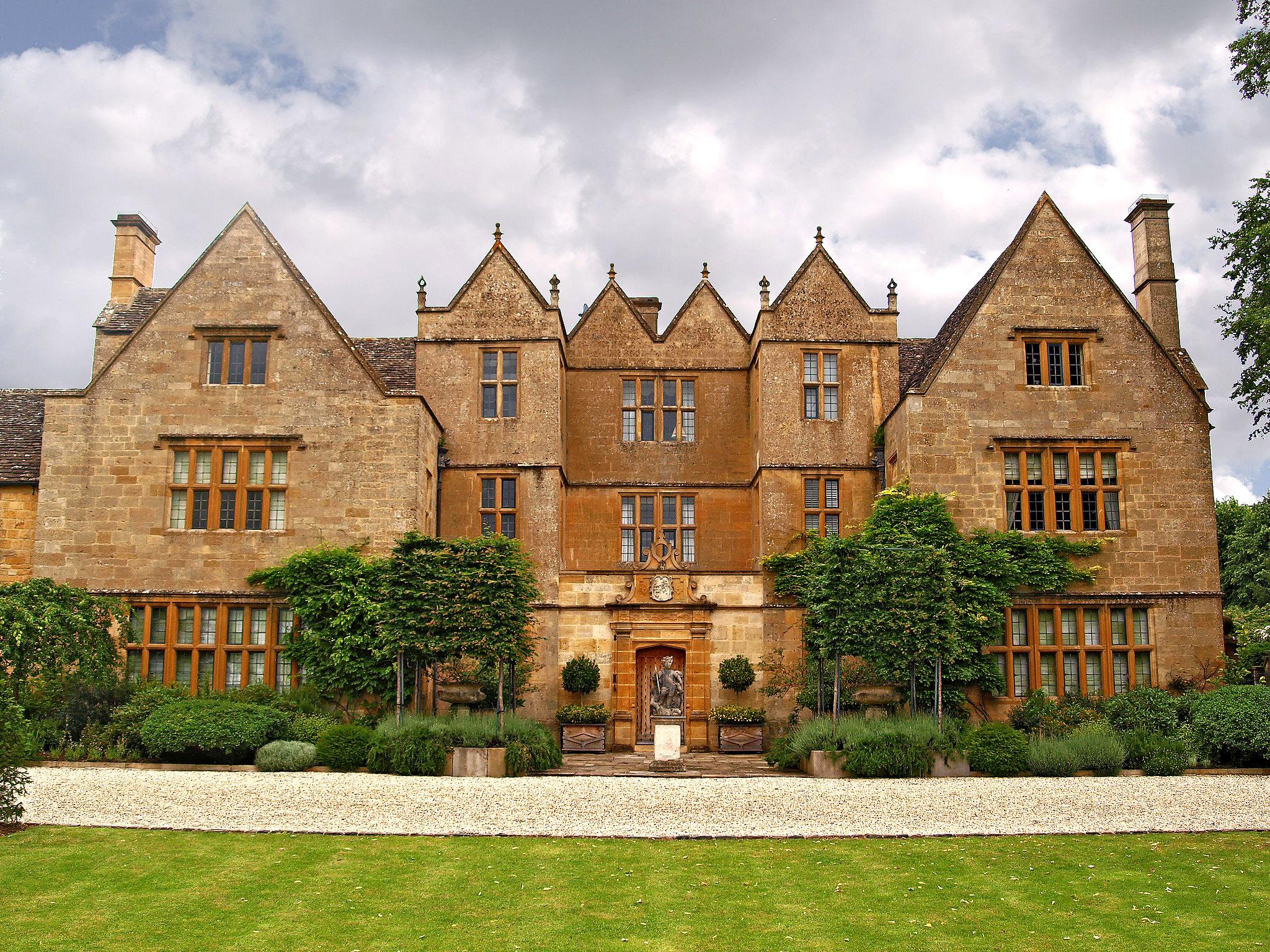 Stanton Court, Stanton, Gloucestershire by Andrew S Brown.jpg