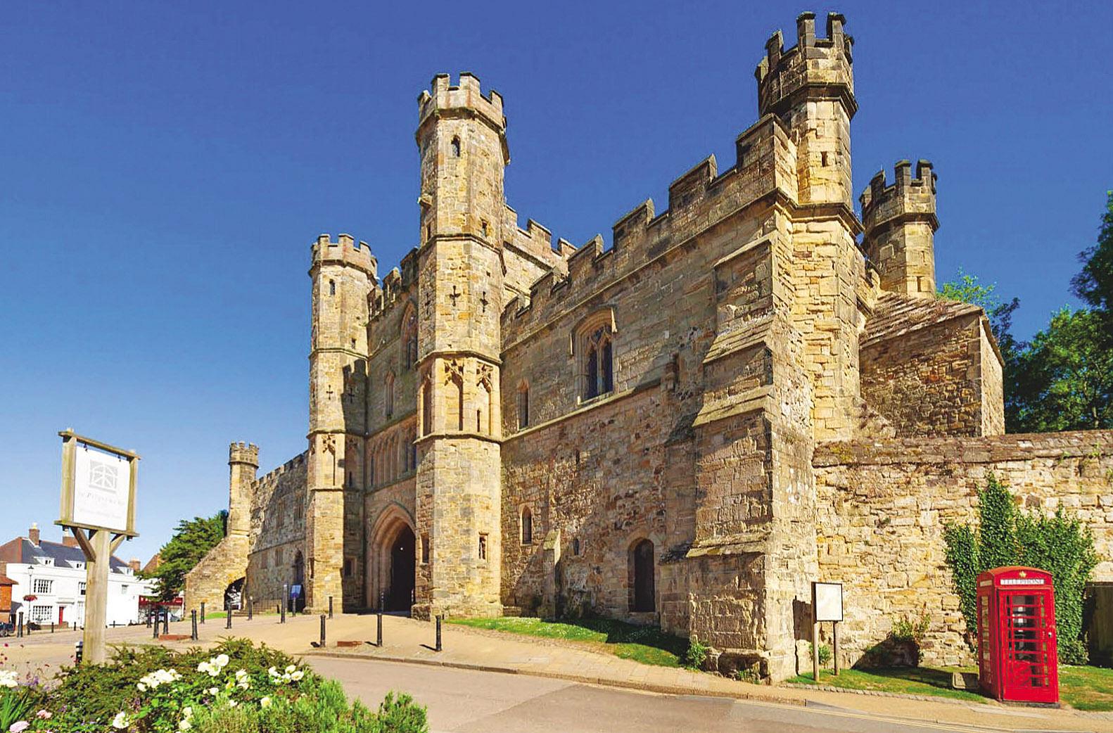 Battle Abbey, Gatehouse, Sussex by Tony Watson.jpg