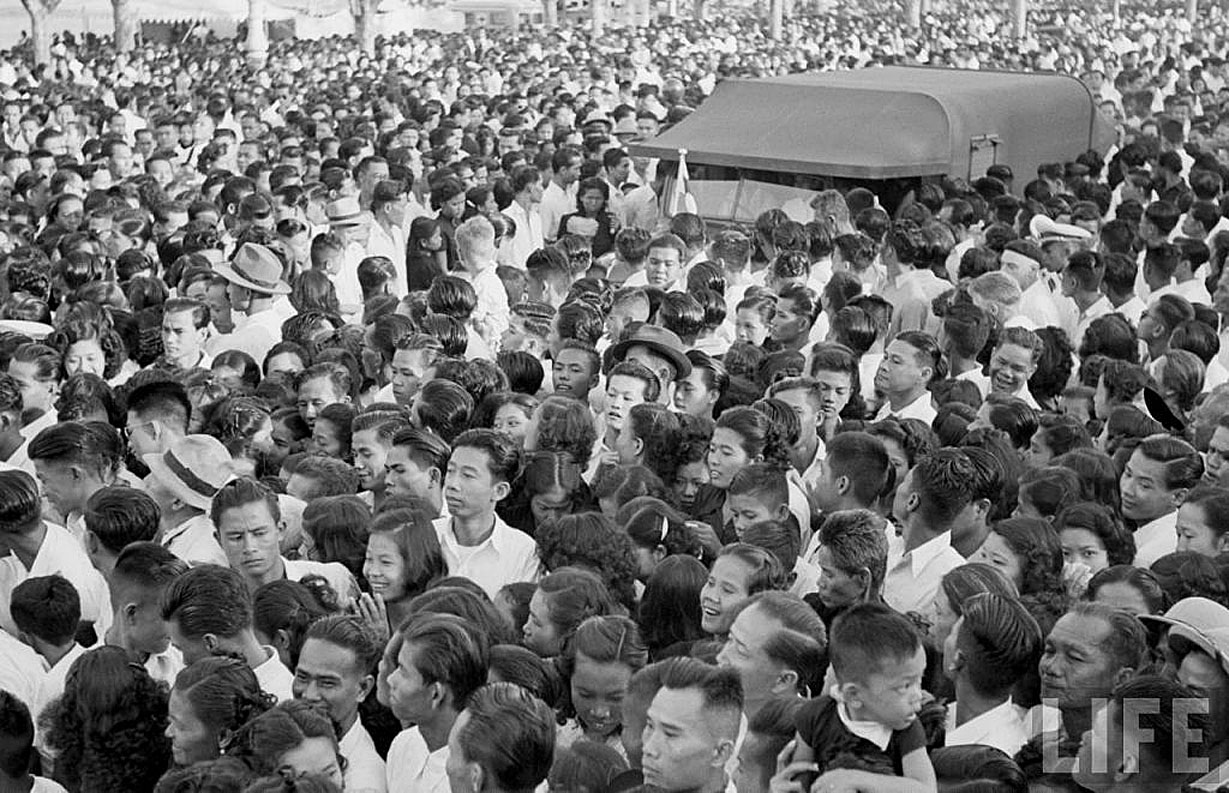 The Royal Cremation of HM King Ananda, March 1950 2.jpg