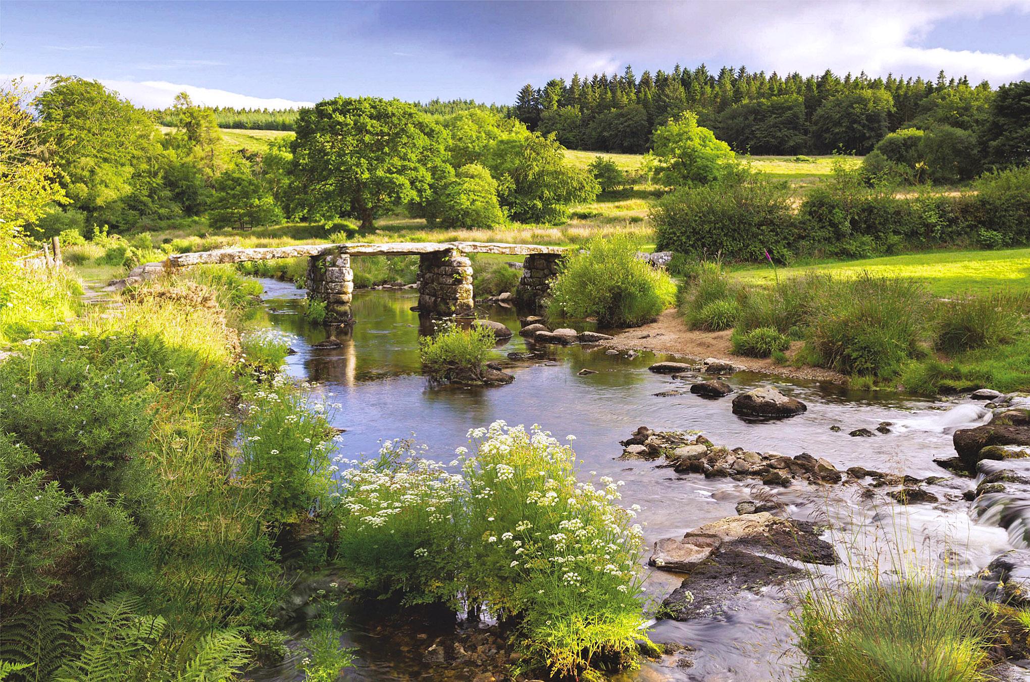 East Dart River at Postbridge, Devon.jpg