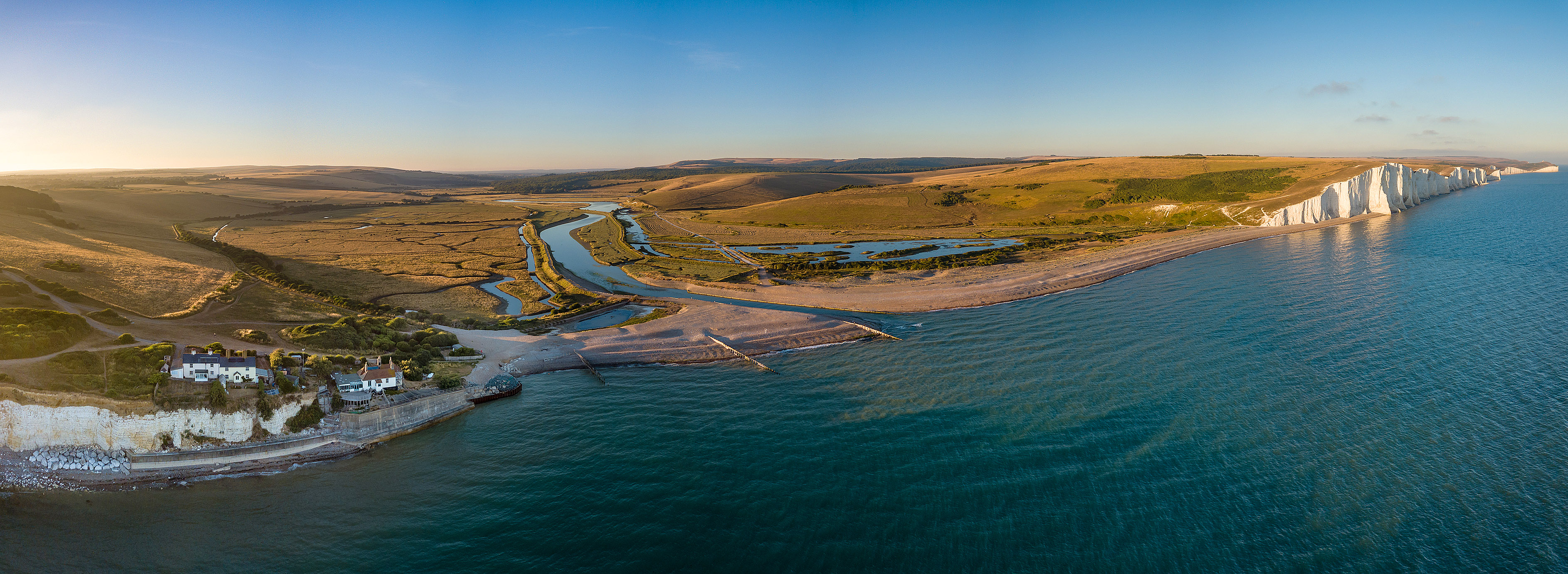 Cuckmere panorama by Paul Appleton.jpg
