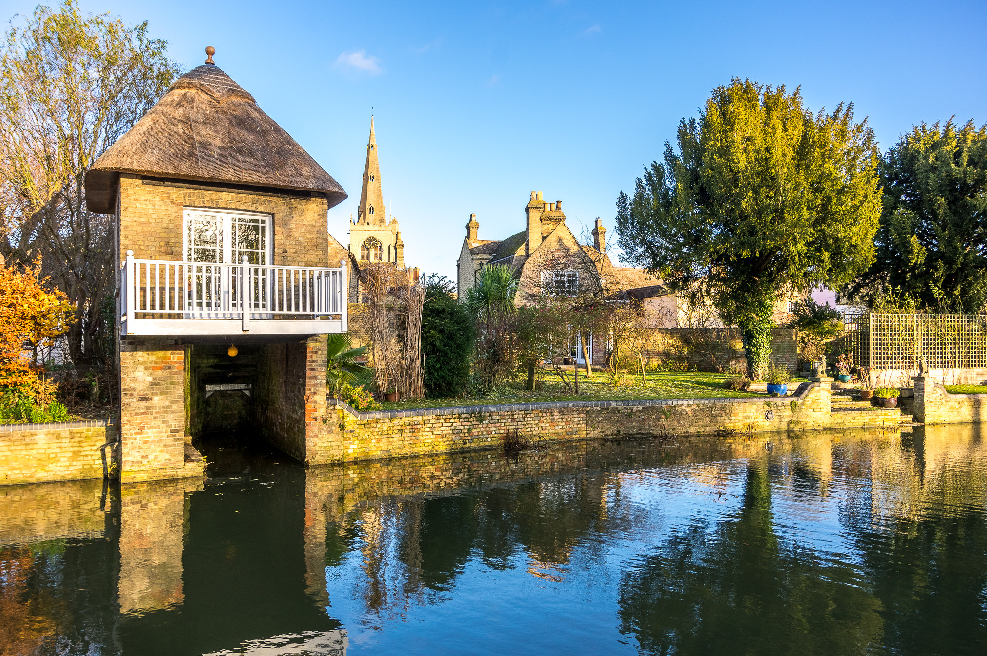 Godmanchester, Cambridgeshire by Ken Barley.jpg