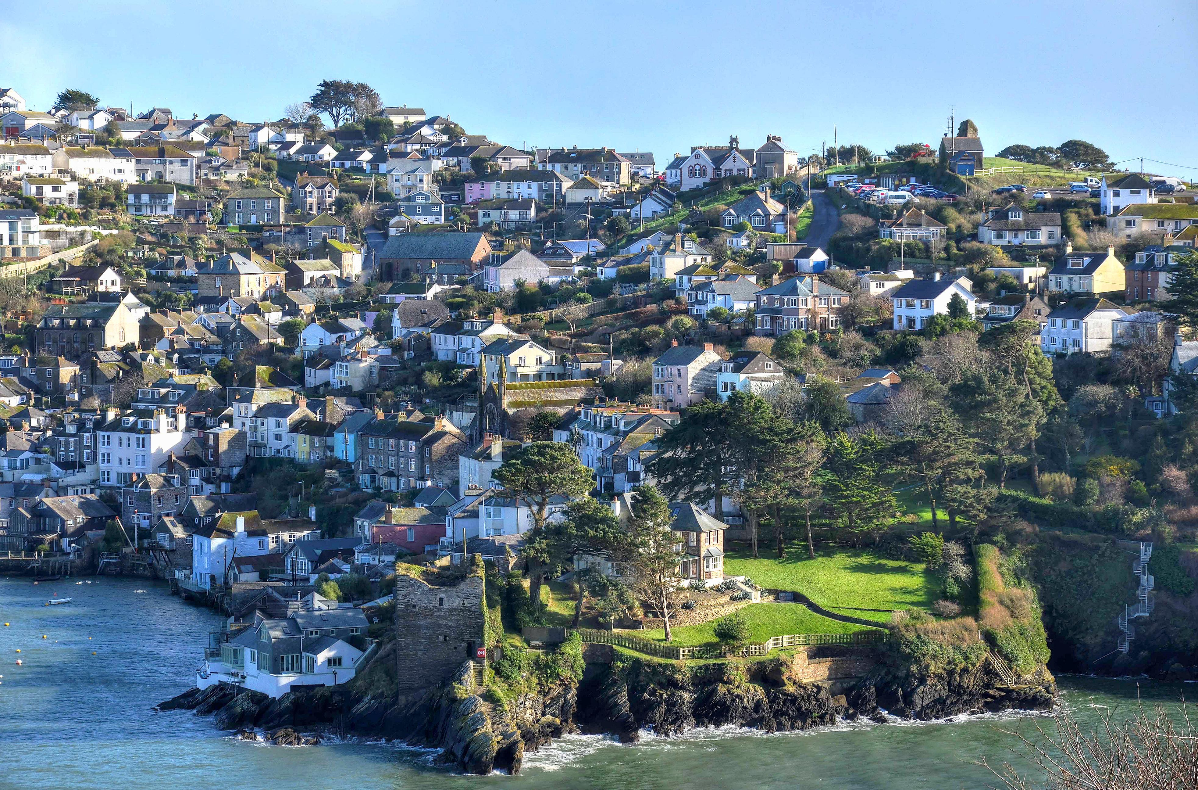 The village of Polruan, Cornwall by Baz Richardson 2.jpg