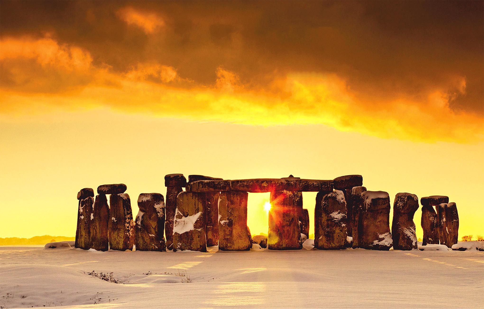 Stonehenge in Snow by Tom Mackie.jpg