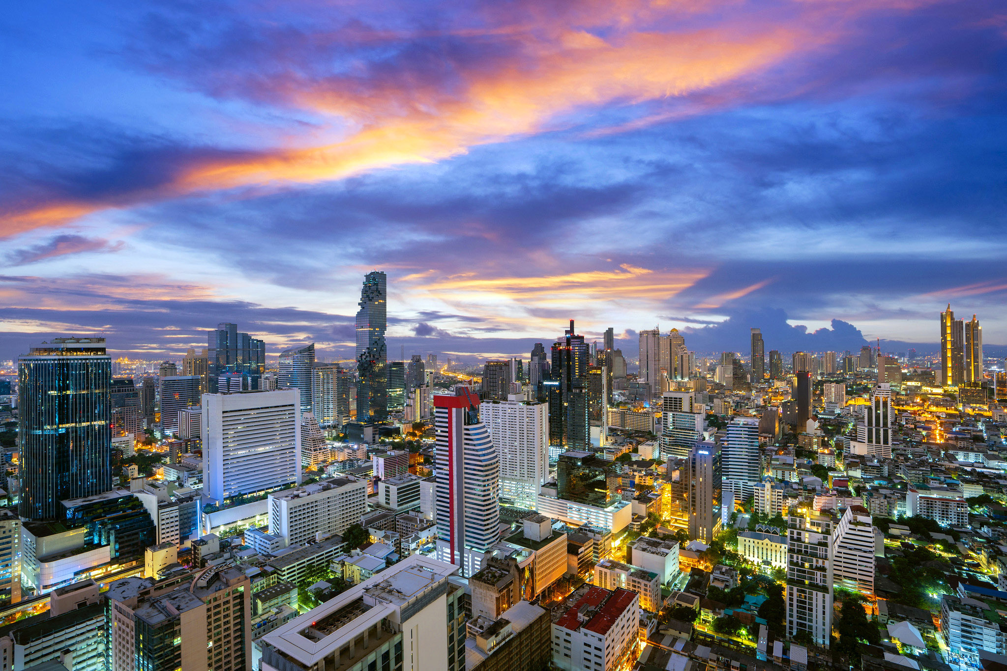 Bangkok city view from roof top of Hotel building by Anek Suwannaphoom.jpg