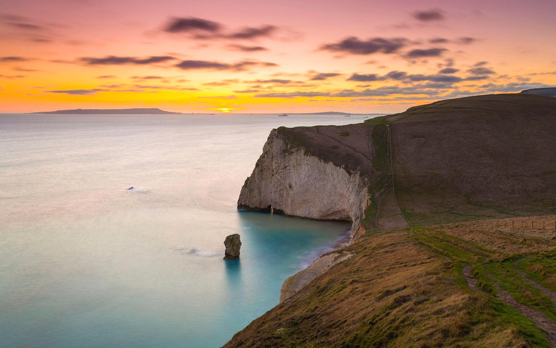 Bats Head, Lulworth, Dorset by Graham Hunt.jpg