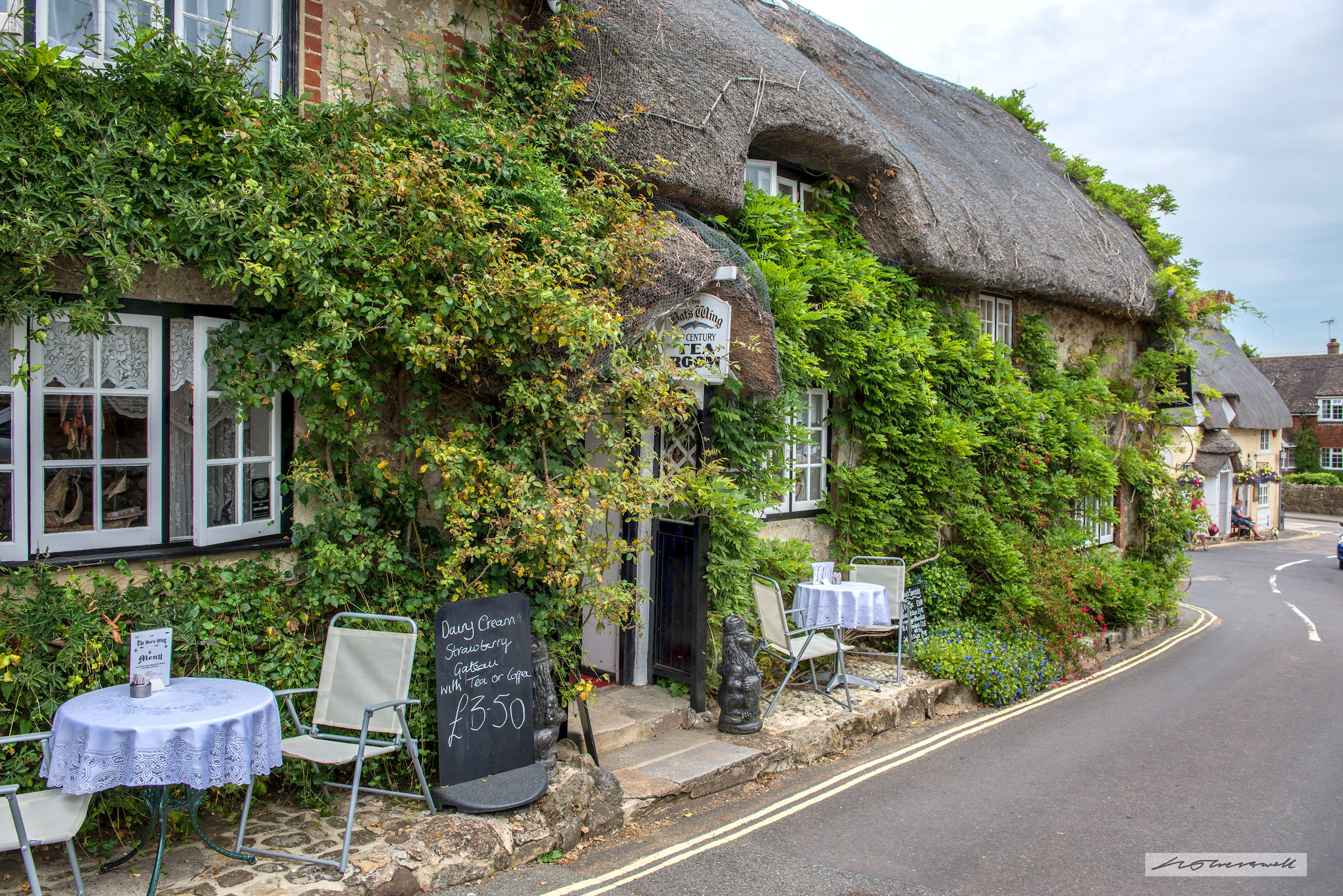 Godshill, Isle of Wight by Neil Cresswell.jpg