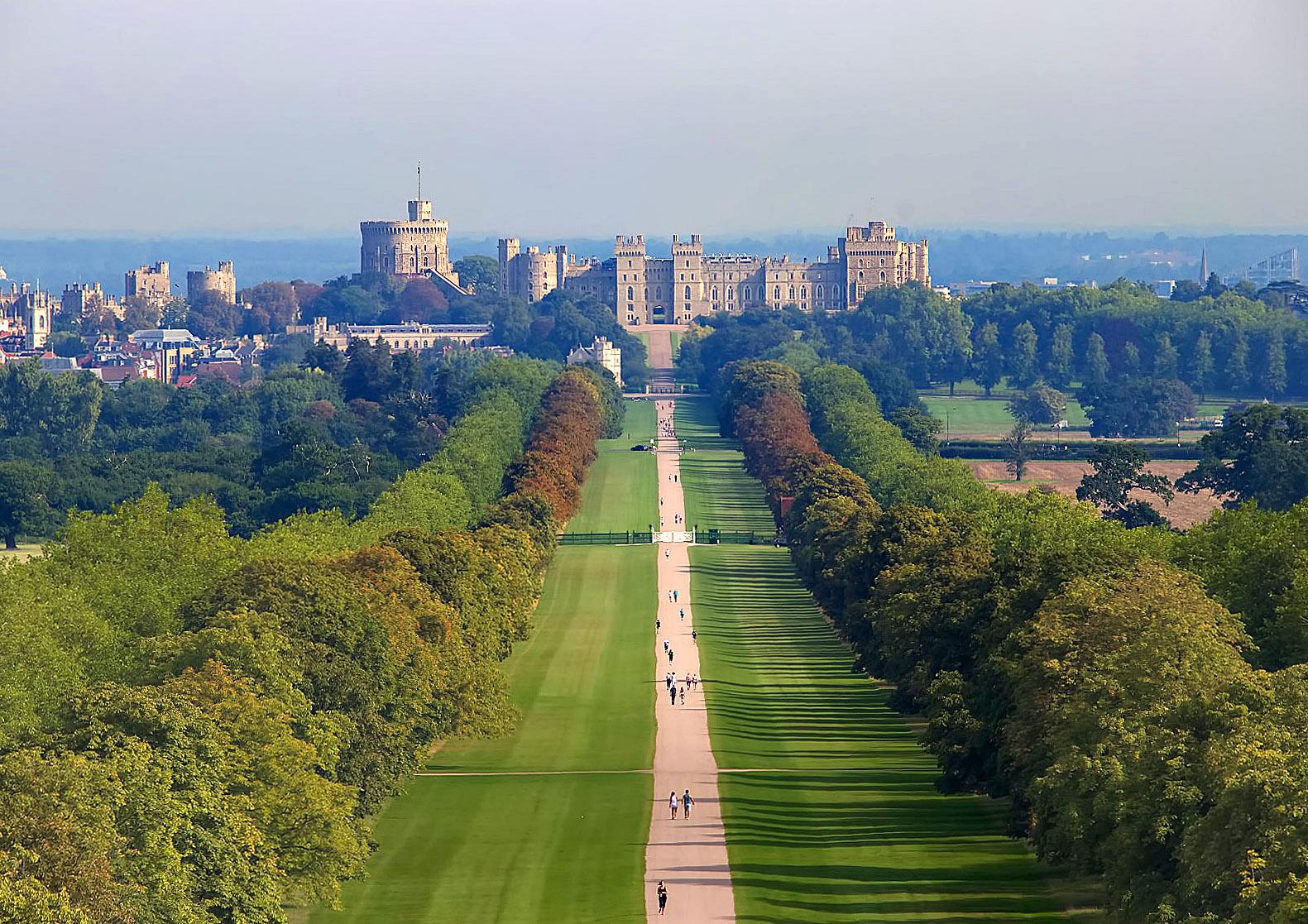 The Long Walk, Windsor by Chris Trollen.jpg