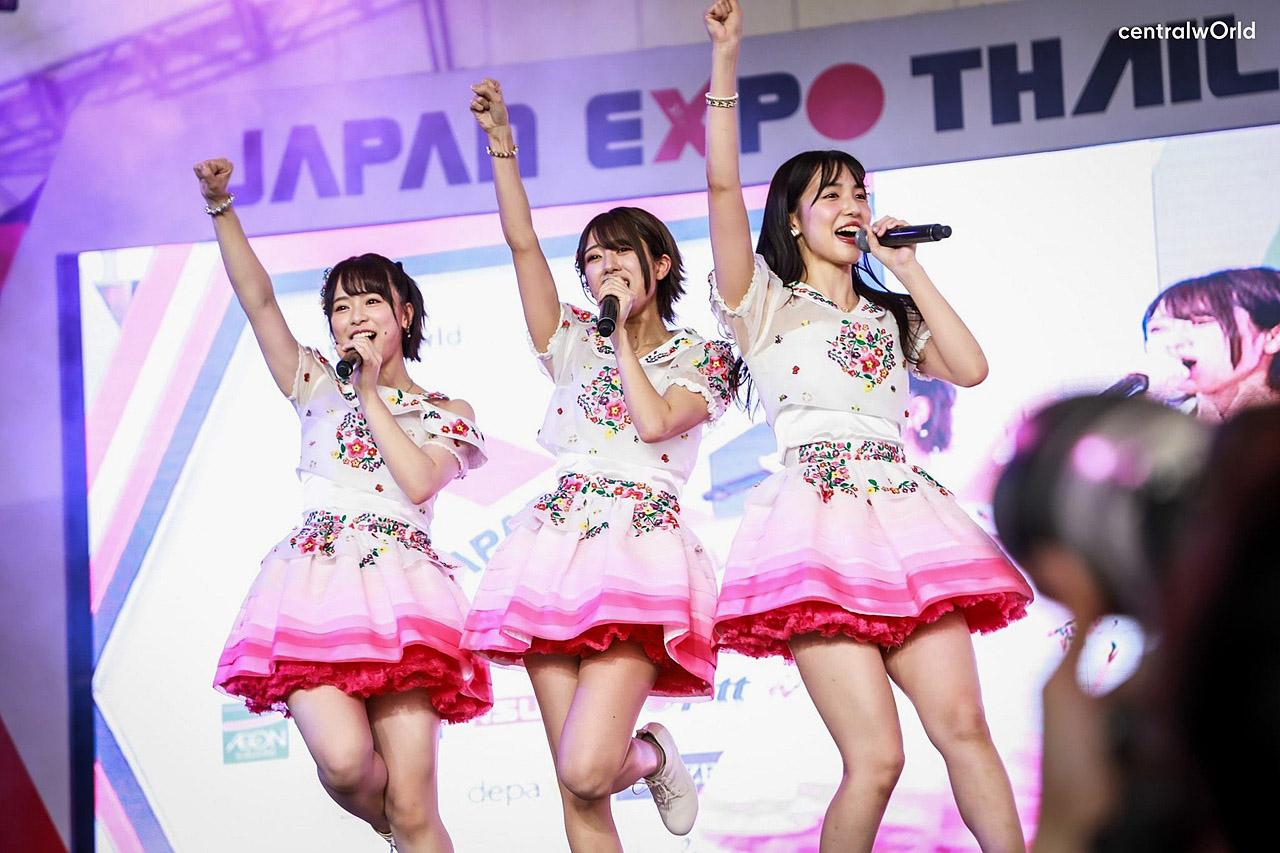 AKB48 Bangkok 200202 03.jpg