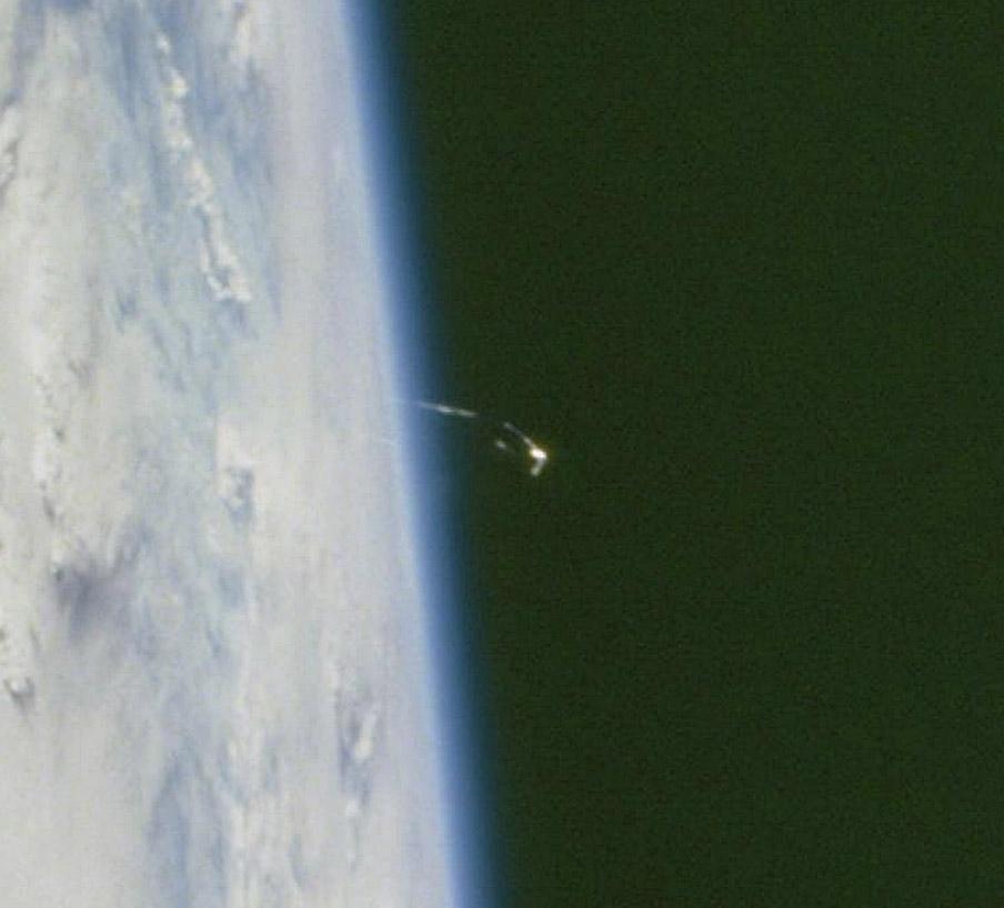 NASA STS104-719-55_3 capture.jpg