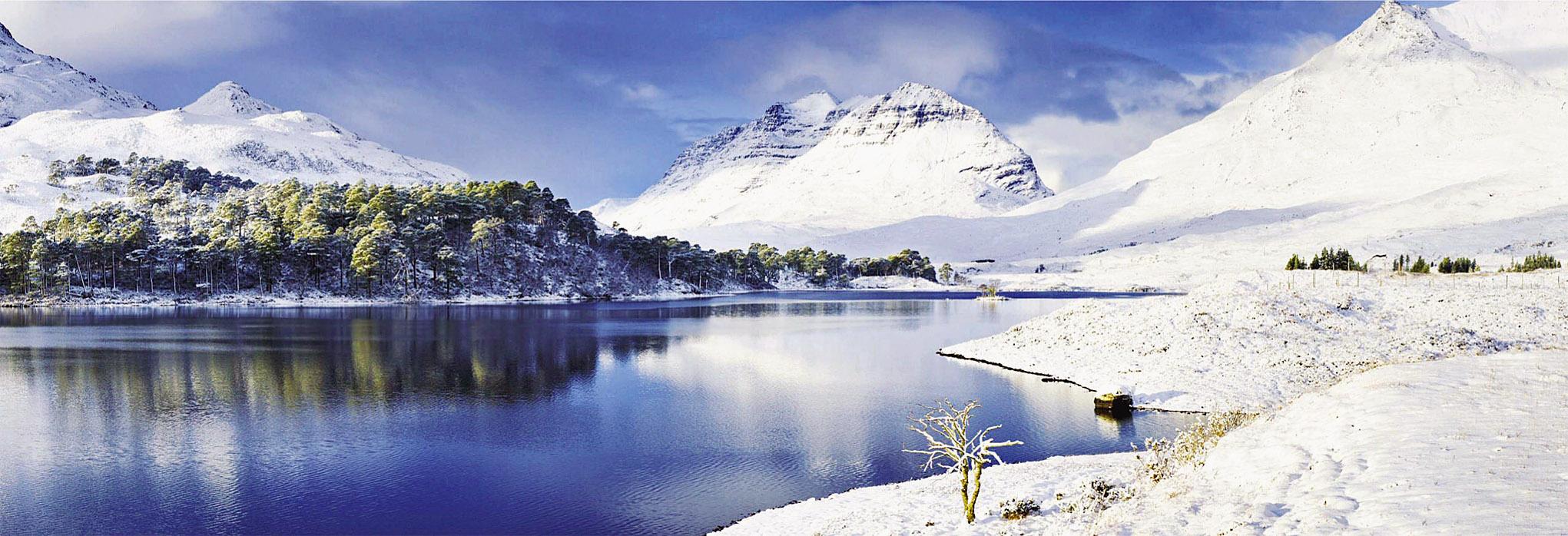 Liathach in the Torridon Hills, Highland, Scotland.jpg