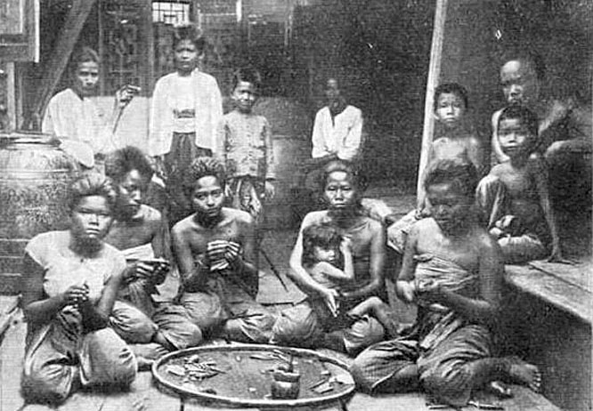 1903 Preparing betel nut, Ratchaburi.jpg