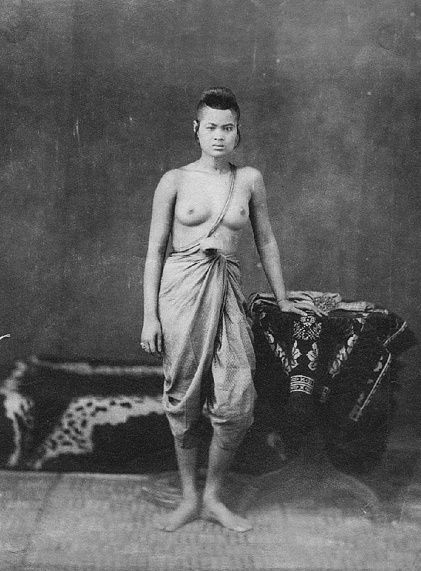 Thai Girl.jpg