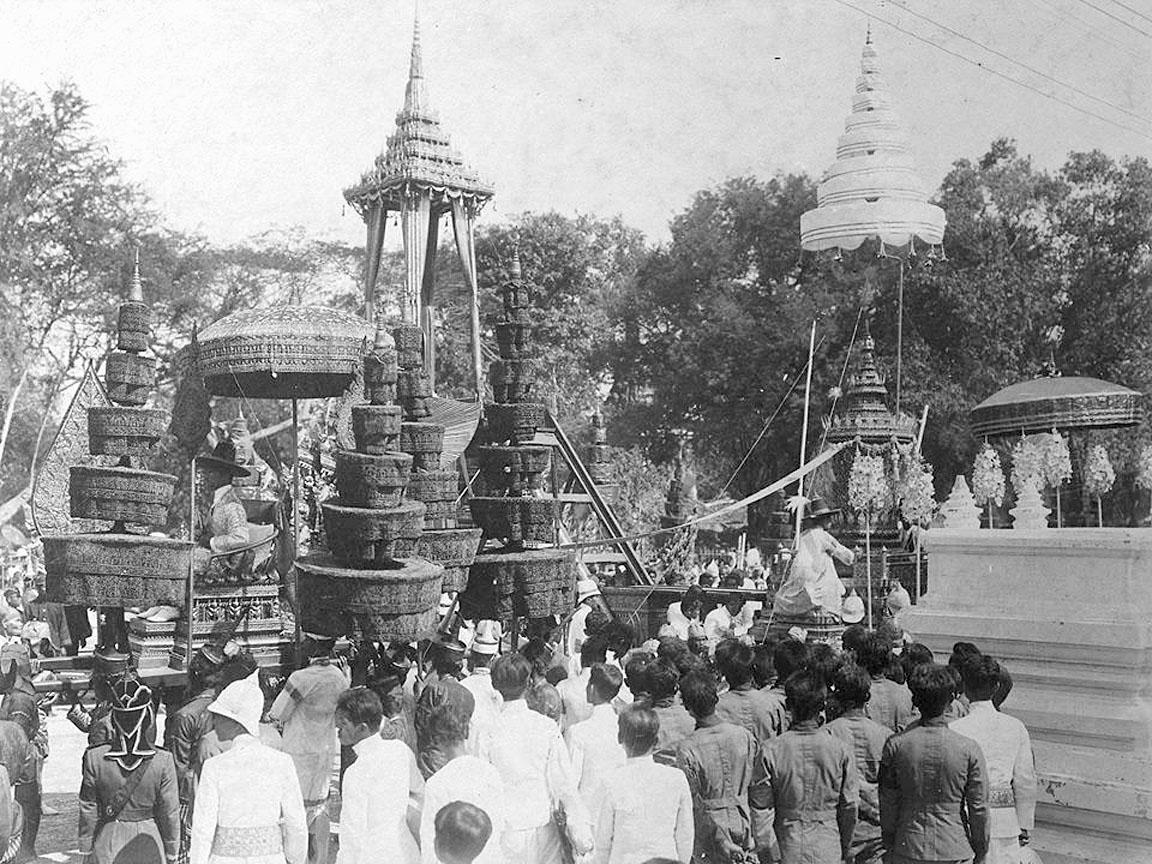 1911 King Chulalongkorn's cremation procession 06.jpg