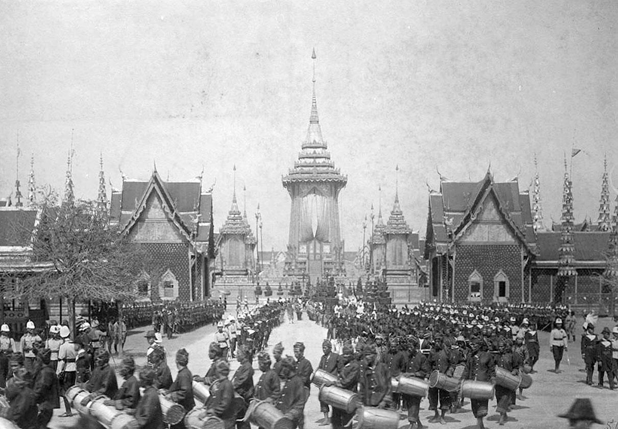 1911 King Chulalongkorn's cremation procession 07.jpg