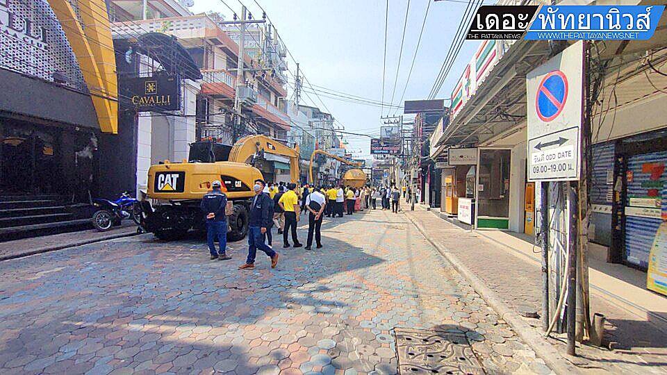 Walking street Renovation 2102 02.jpg