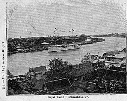 Rama V's Royal Yacht Mahachakri 01.jpg