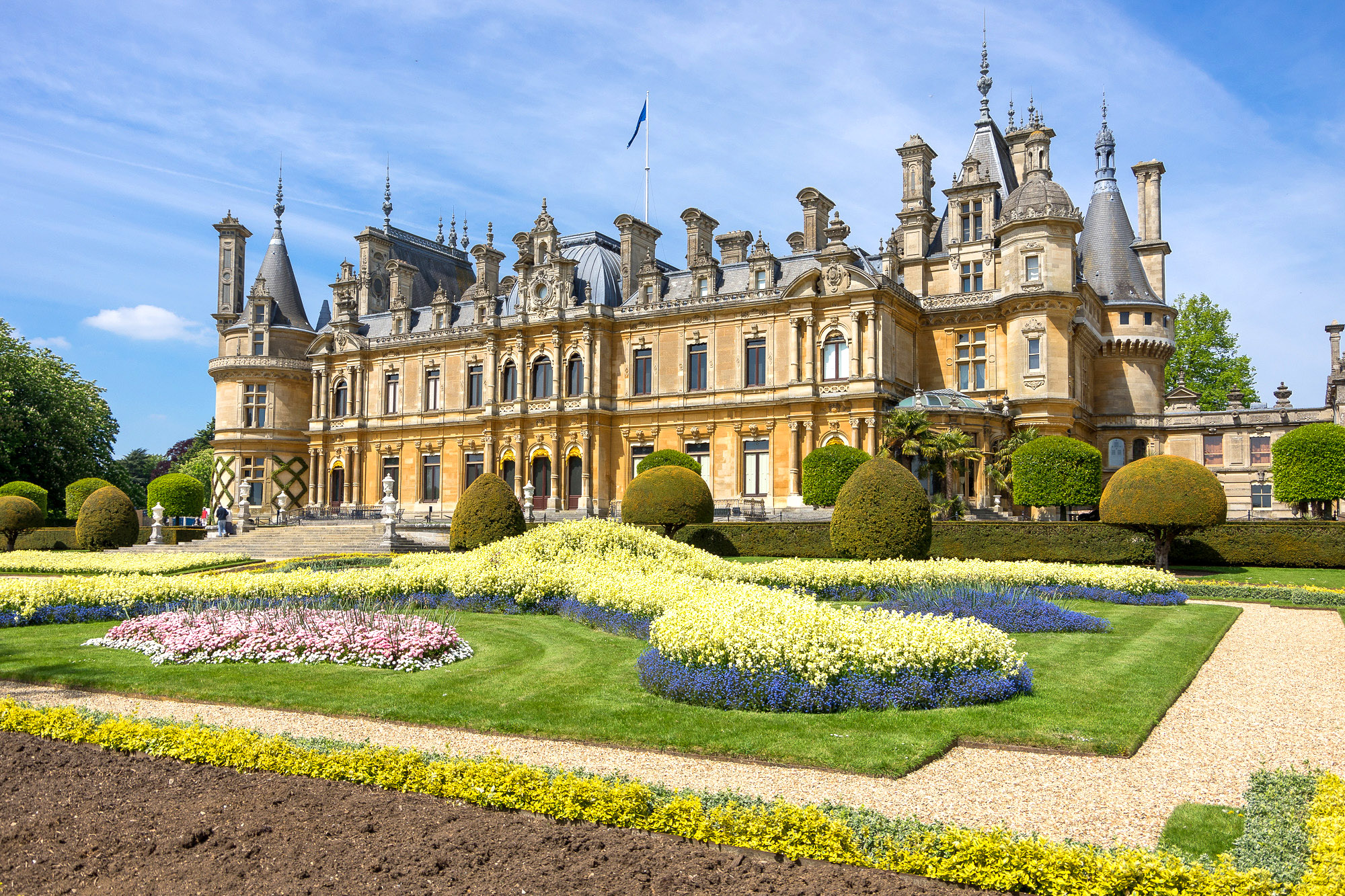 Waddesdon Manor, Buckinghamshire by Ken Barley.jpg