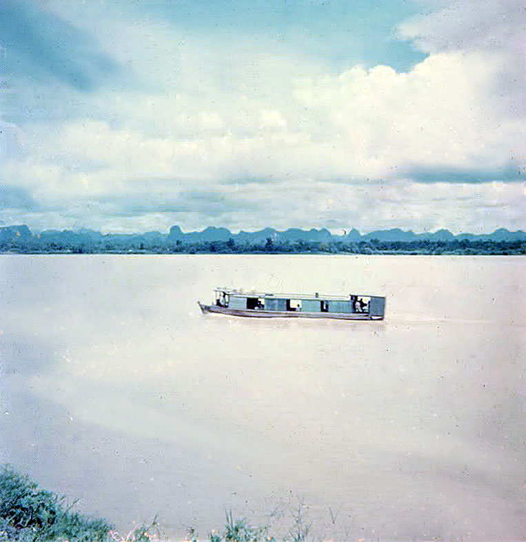 1964 Mekong Taxi Near Nong Khai.jpg