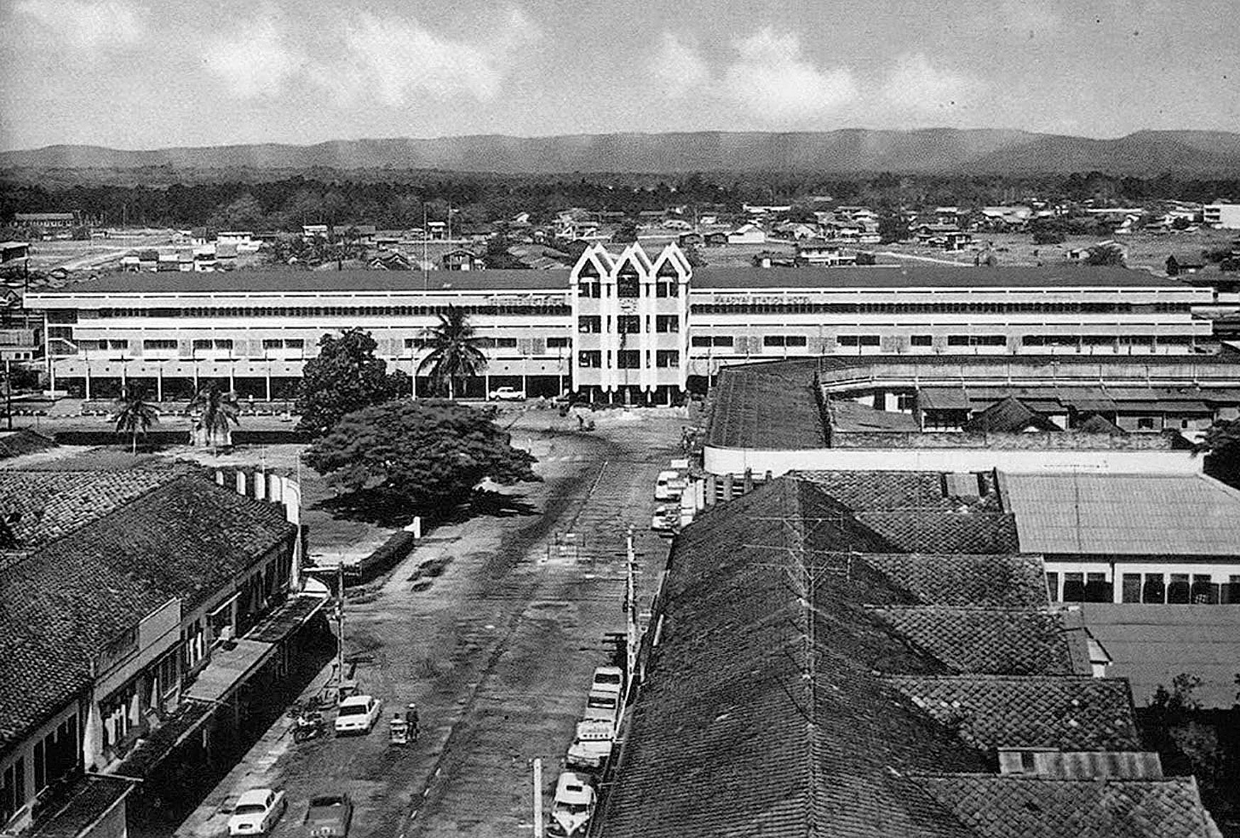 1978 Hat Yai Railroad Yard Station.jpg