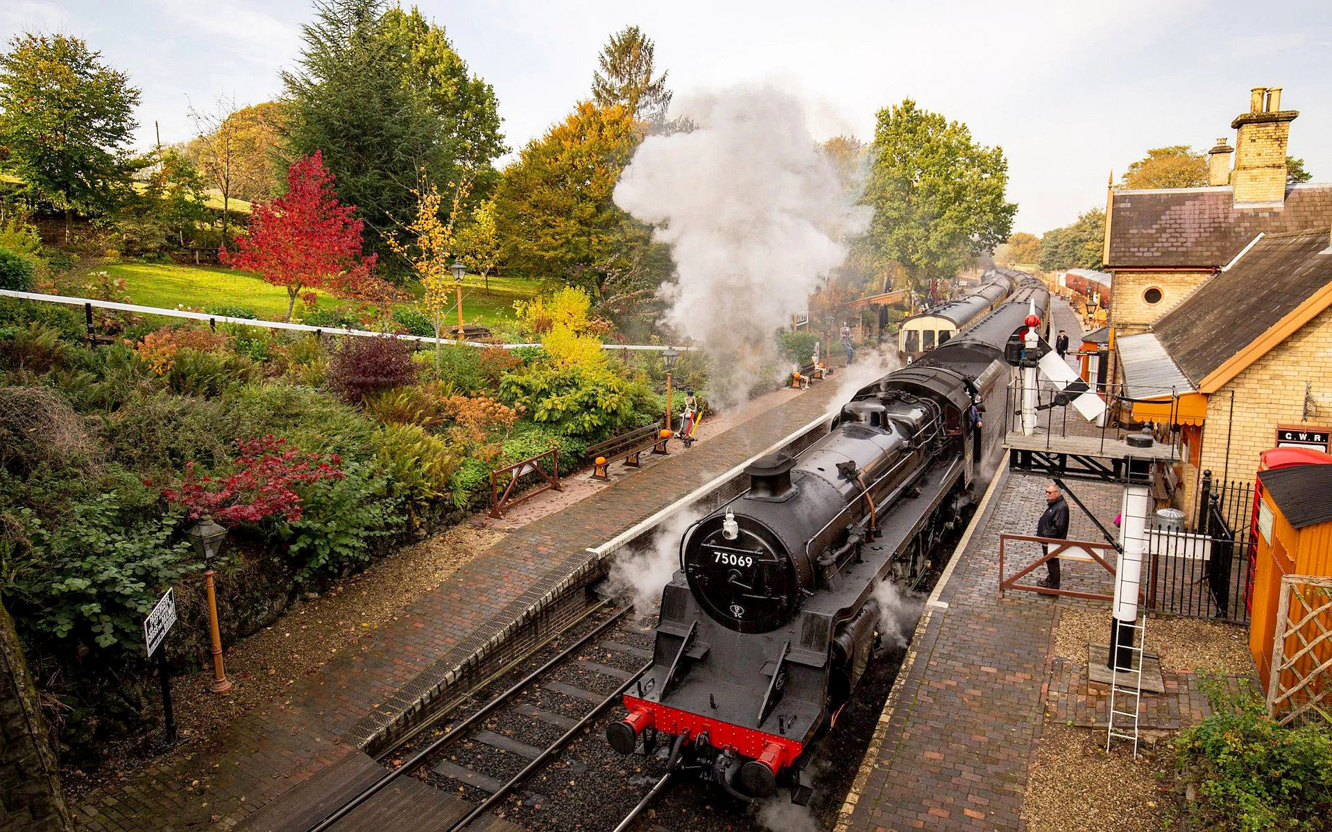 Arley Station, Severn Valley Railway, Worcestershire by Jacob King.jpg
