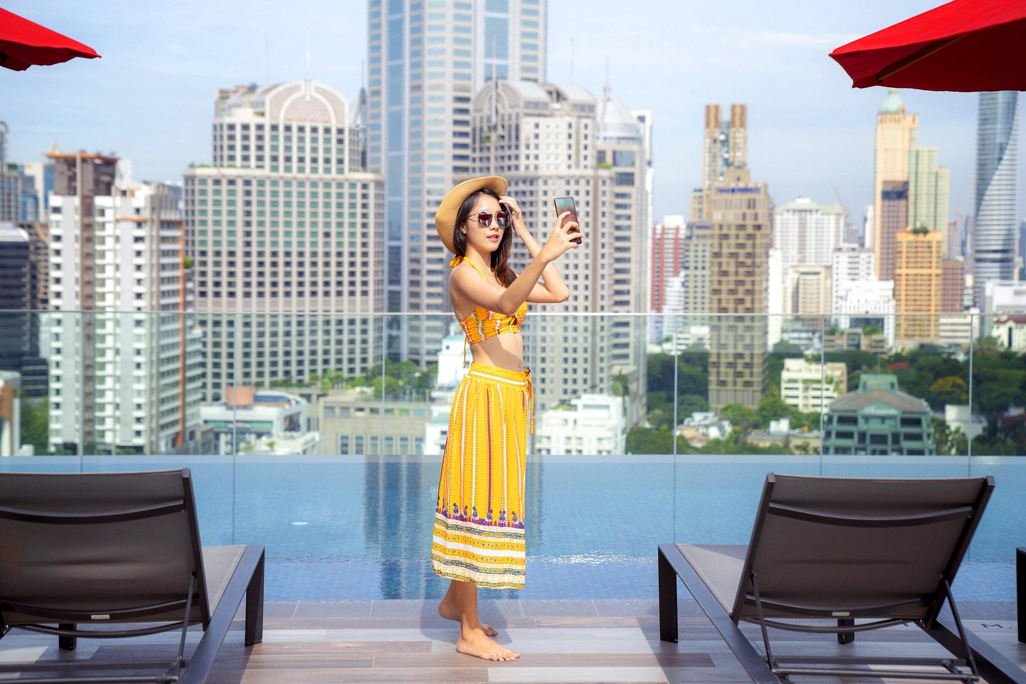 Rooftop Bangkok by Anek Suwannaphoom.jpg