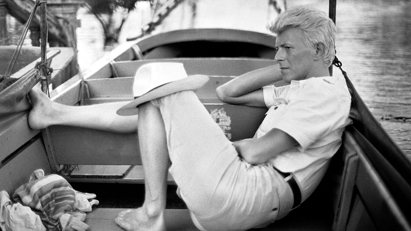 David Bowie, pictured in Bangkok, Thailand, 1983 by Denis O'Regan.jpg