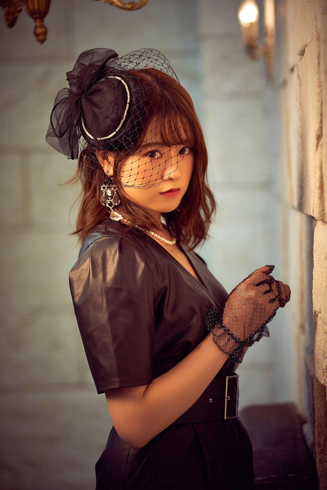 Rena Yamazaki N46 Marquee 135 02.jpg