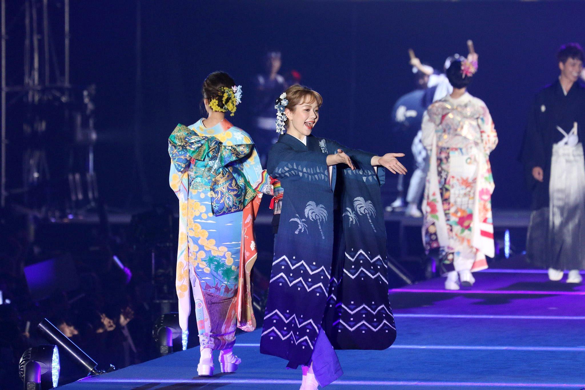 AMurashige Fashion Show 02.jpg