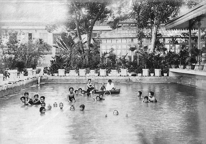 1880 Indulgence.JPG