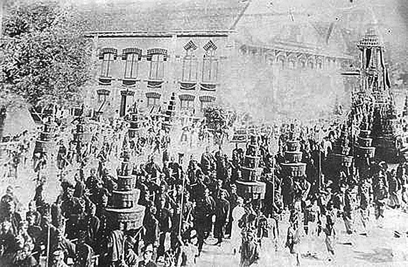1910 Chulalongkorn Funeral 02.jpg