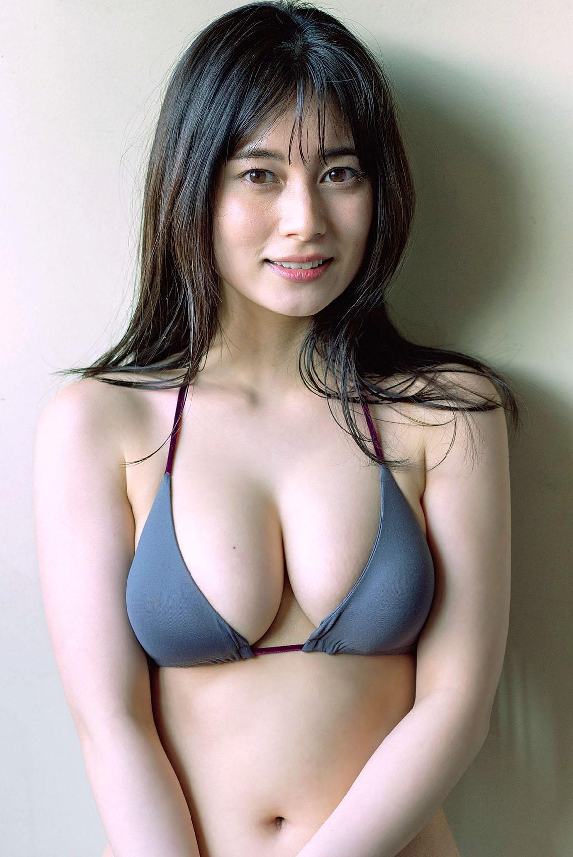 Okubo Sakurako Flash 210223 05.jpg