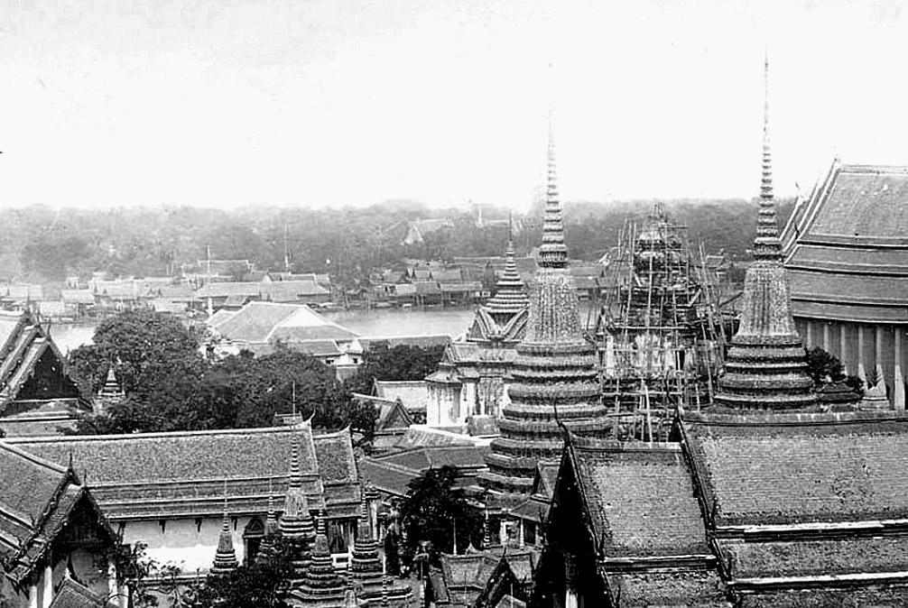 1865 View from [under construction] Wat Phra Kaew.jpg