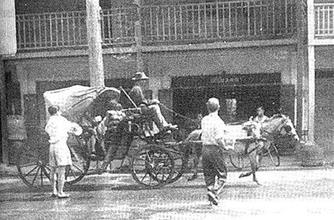 1951 Songkran, Lampang.jpg