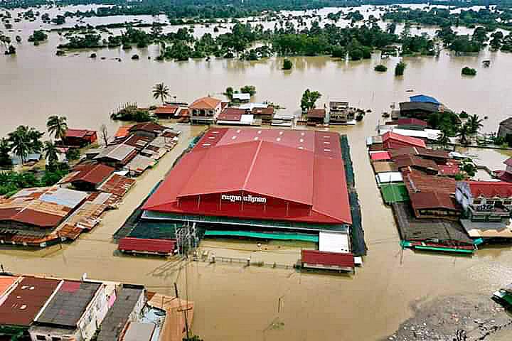 Mueang Suwannakhet 02.jpg