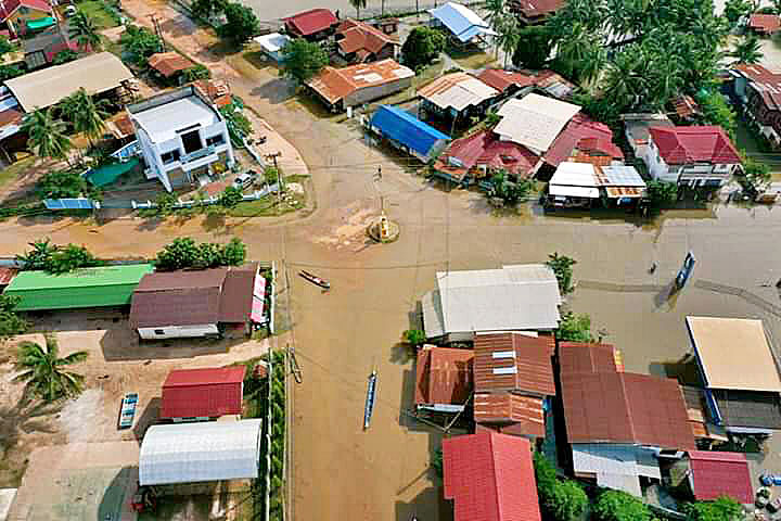 Mueang Suwannakhet 03.jpg