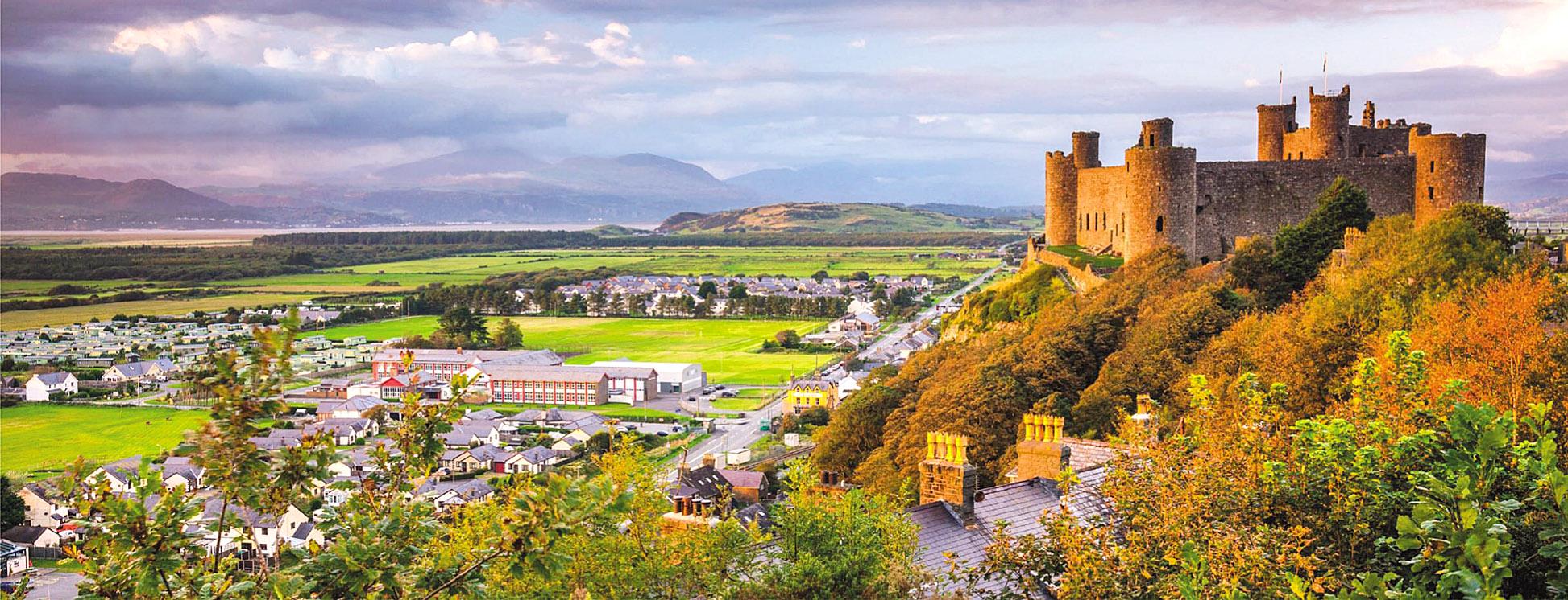 Harlech Castle, Snowdonia, Wales by Alan Copson.jpg