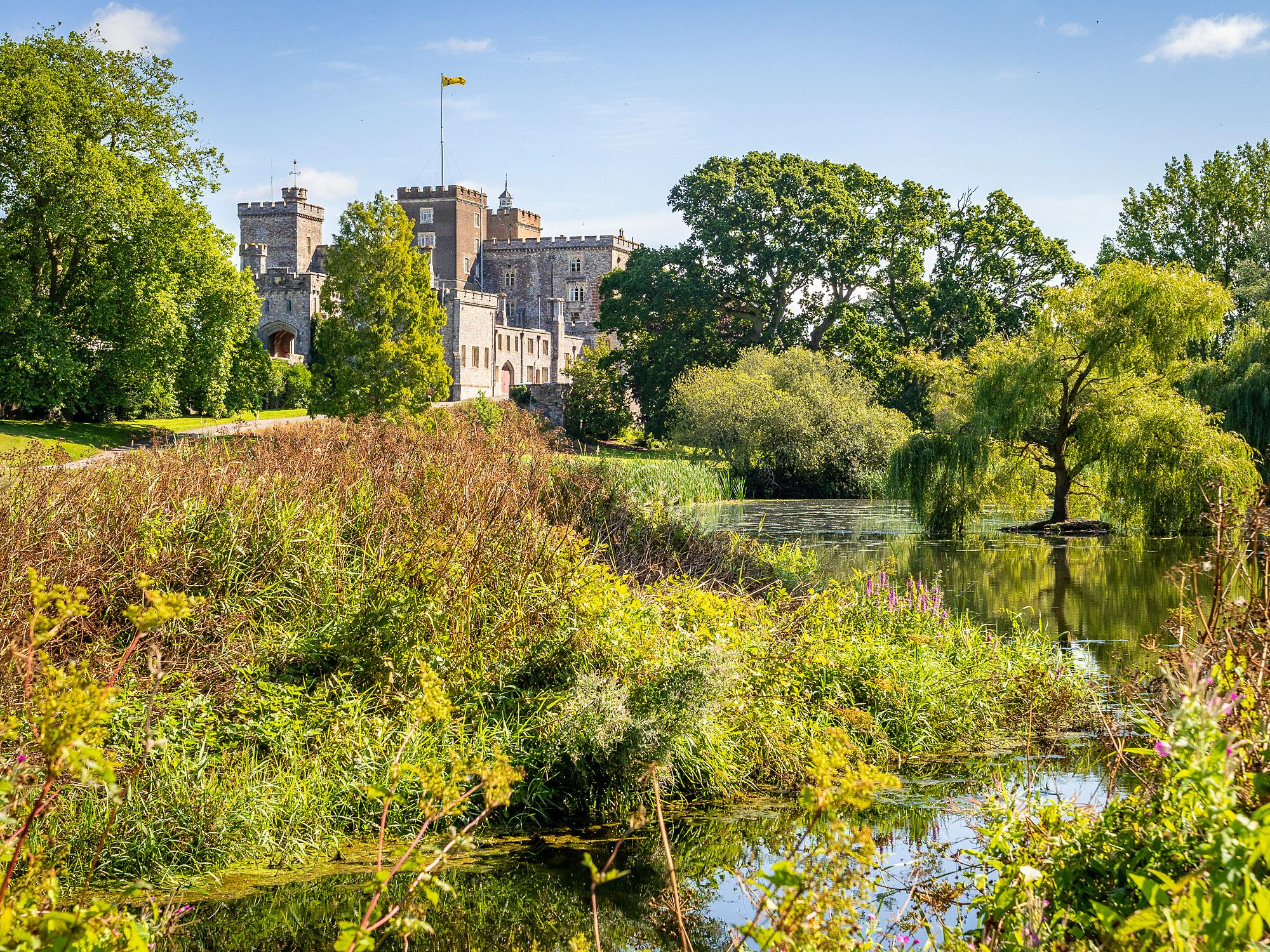 Powderham Castle, Kenton, Devon by Bob Radlinski.jpg