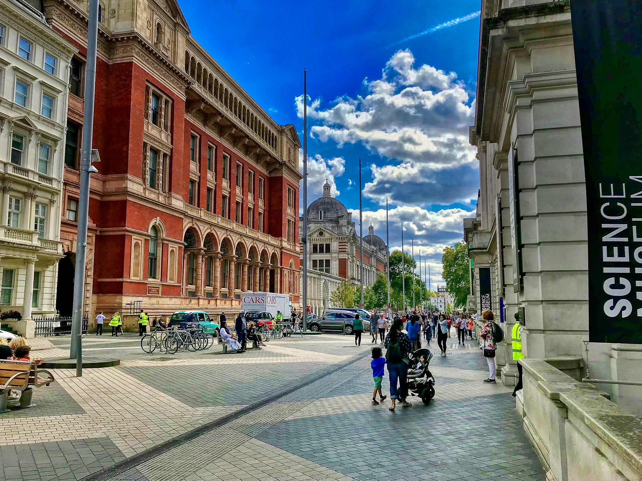 South Kensington, London, outside the Science Museum by Gerry Lewicki.jpg