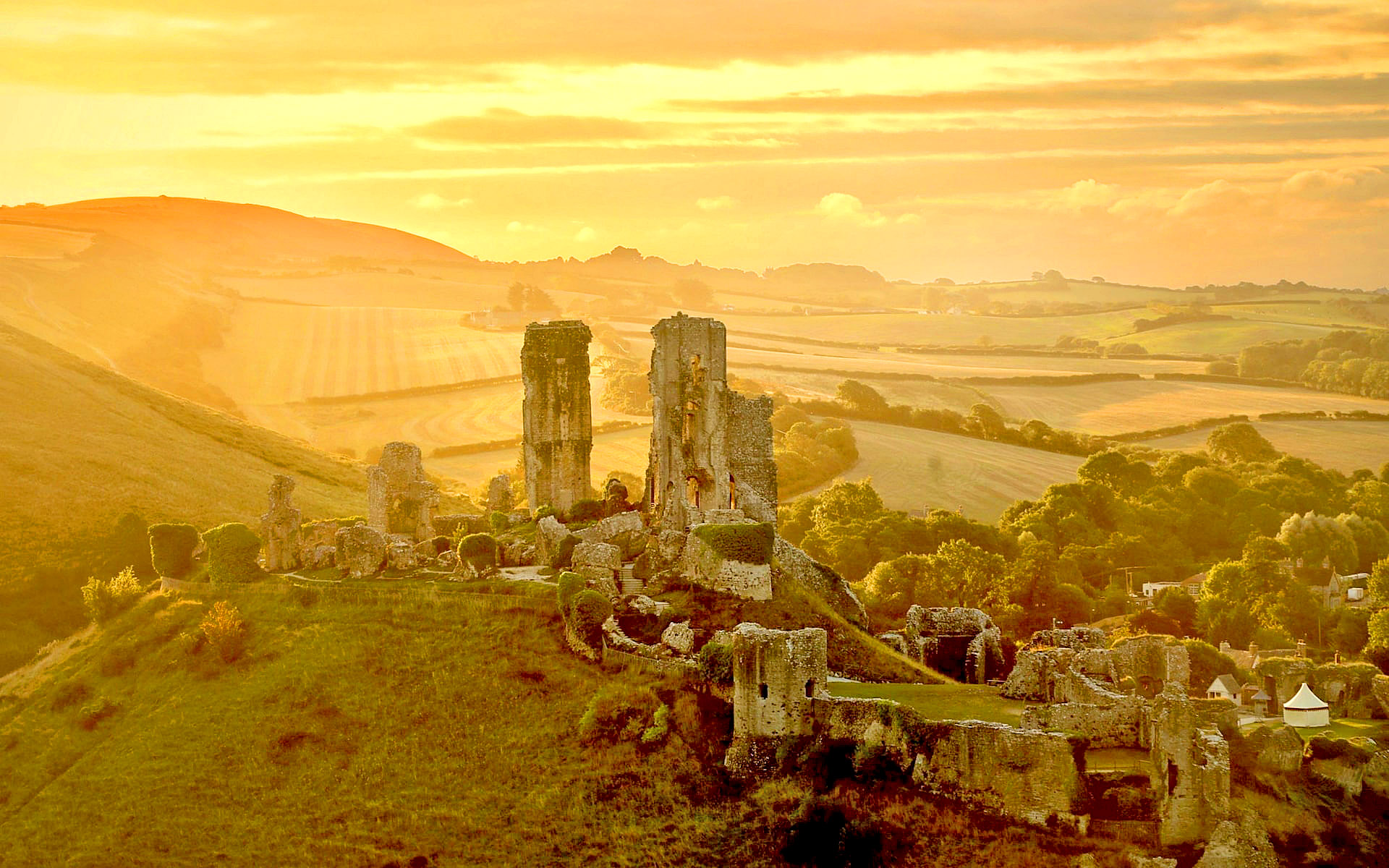 The Start of Autumn tones across Corfe, Dorset by David Sims.jpg