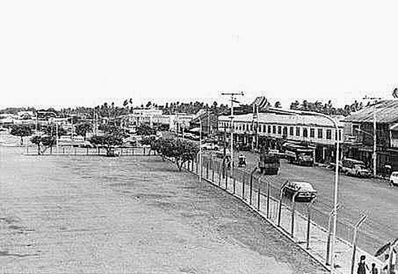 1971 Korat RR station.jpg