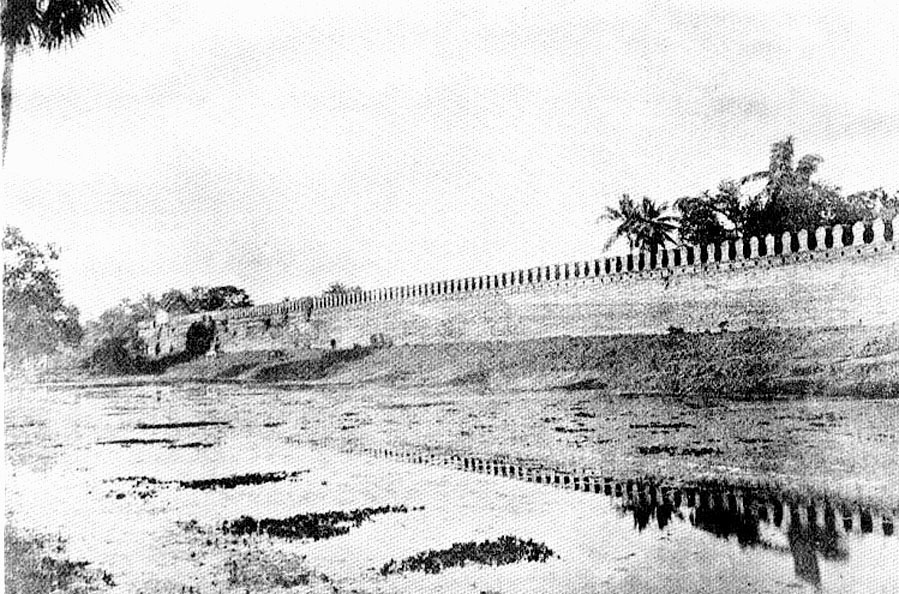 Nakhon Ratchasima walled city, city gate, and moat - images, 1880-1910 2.jpg