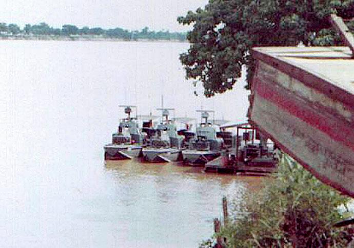 Thai gunboats on the Mekong.jpg