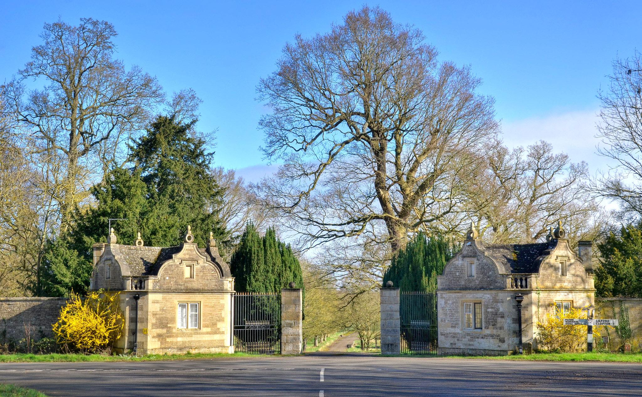 Entrance lodges, Lilford Park, Northants by Baz Richardson.jpg