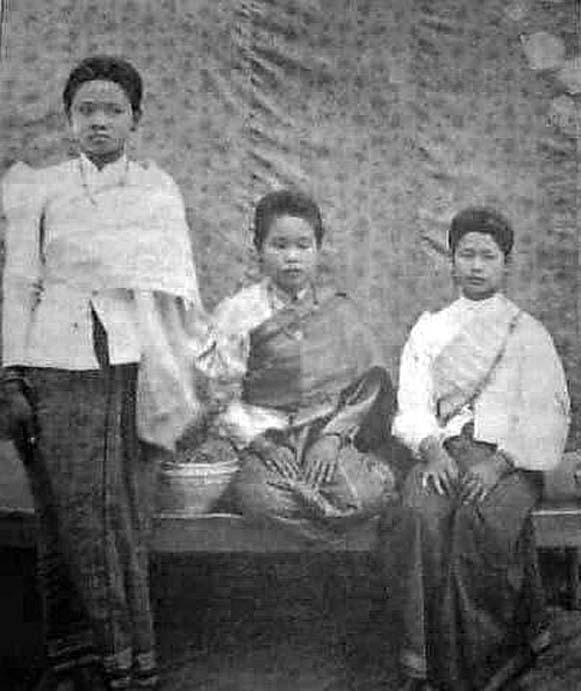 1901 Roi Et ladies.jpg