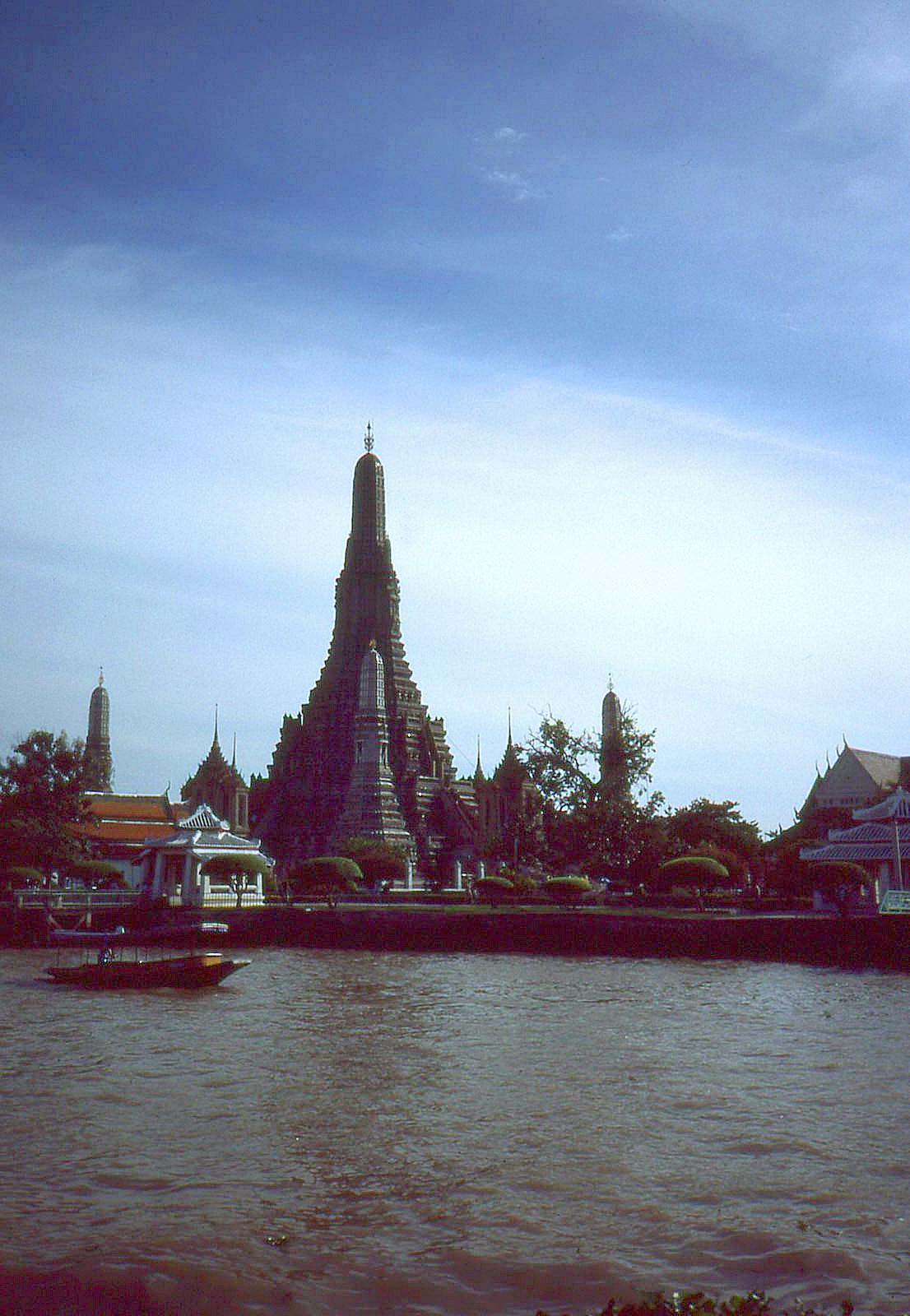 1986 Bangkok by Geoff Whitfield 79.jpg