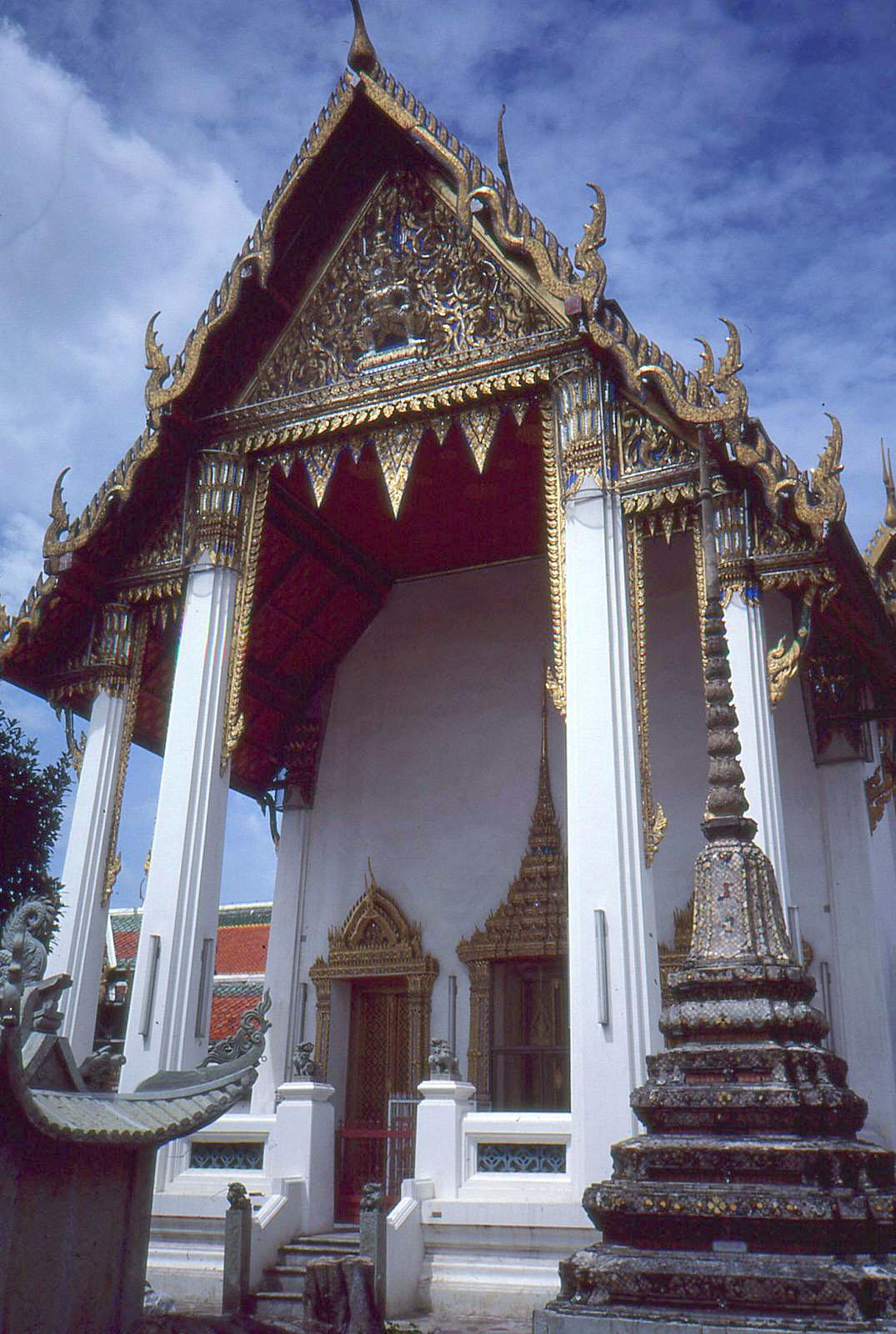 1986 Bangkok by Geoff Whitfield 84.jpg
