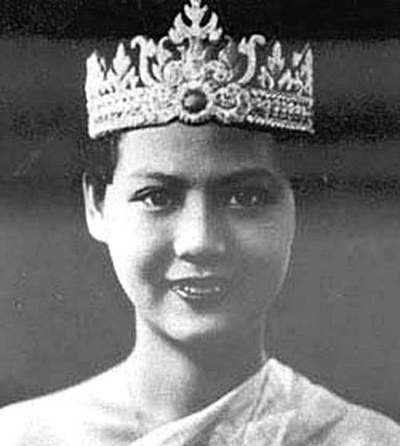 1936 Miss Siam, Wongdern Bhumirat.jpg