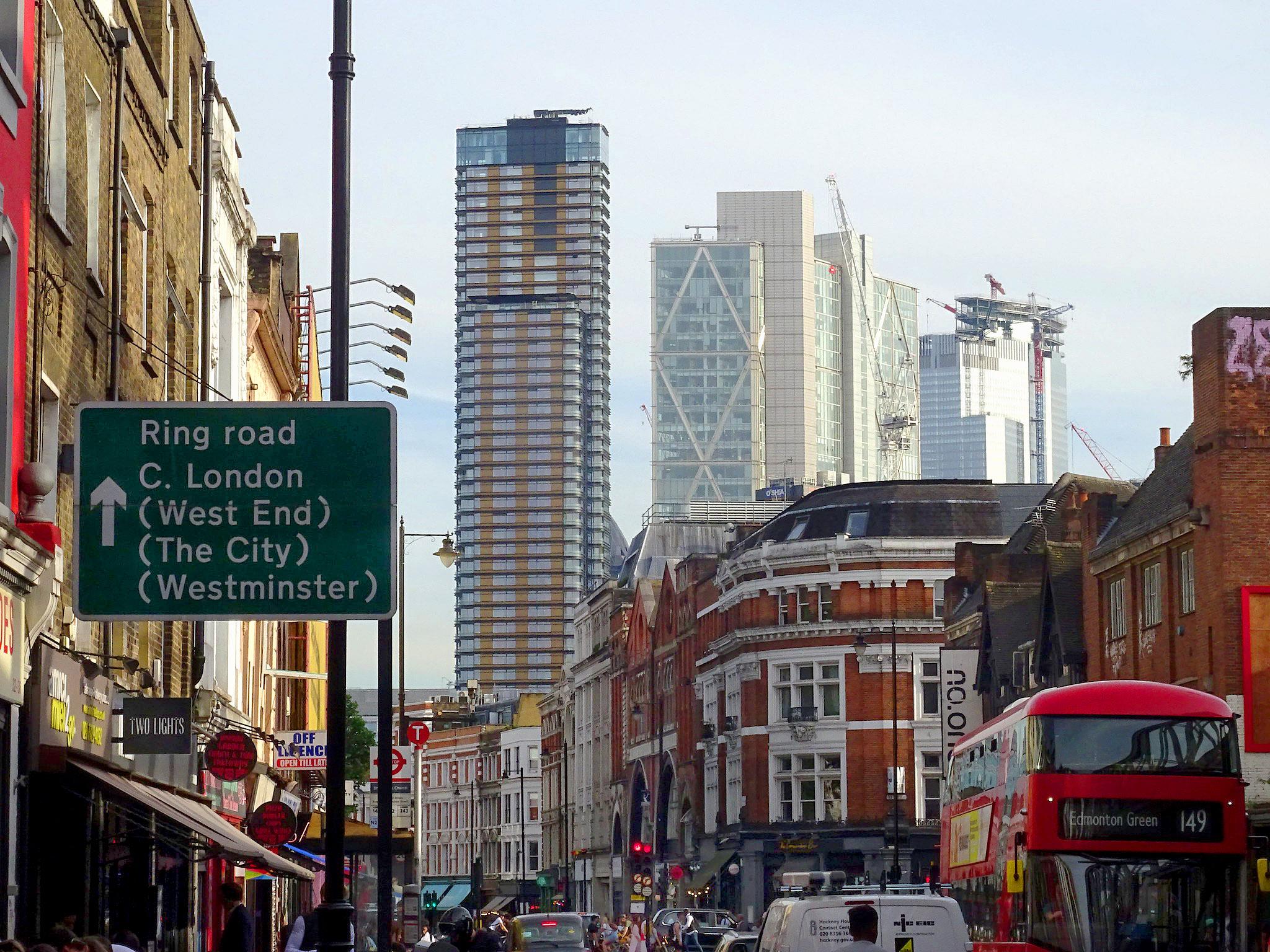 London skyline by Geogregor.jpg