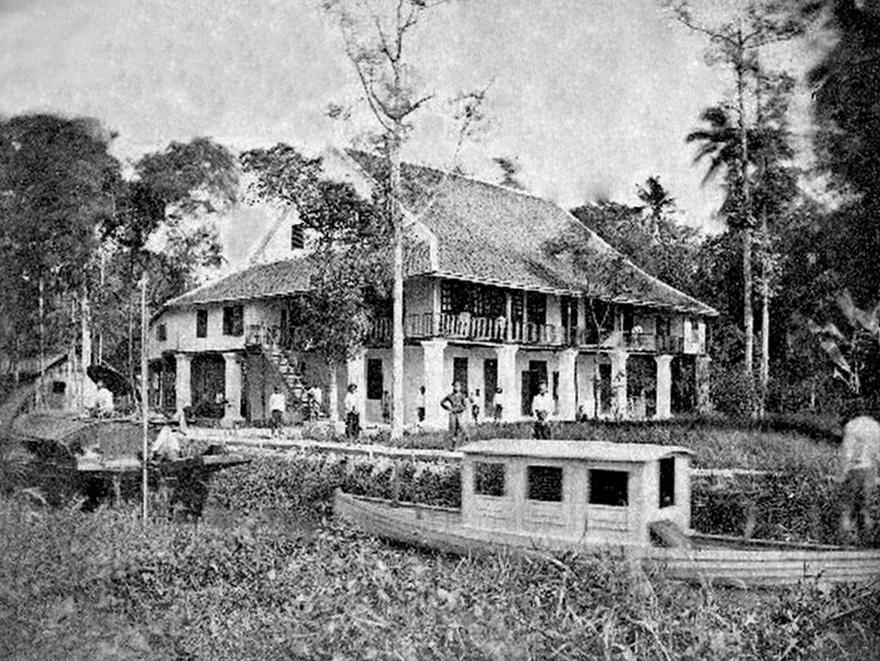 1893 home of Dr. Stephen Mattoon.jpg